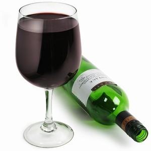 KADOTIP: Wijnglas waar fles in past