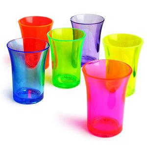 Neon plastic shot glazen 24 stuks 6 kleuren (herbruikbaar)